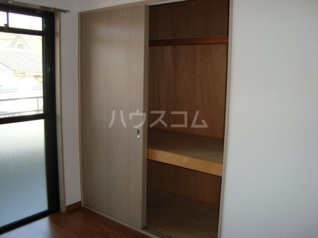エクレール 305号室の収納
