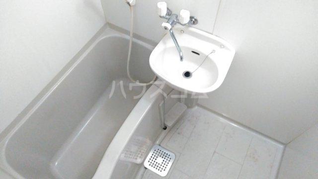 アンプルールフェールひまわり 101号室の風呂