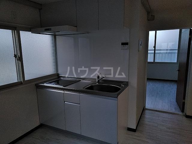 湯島明成ビル 4F号室のキッチン