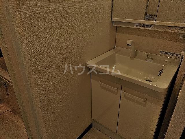 湯島明成ビル 4F号室の洗面所