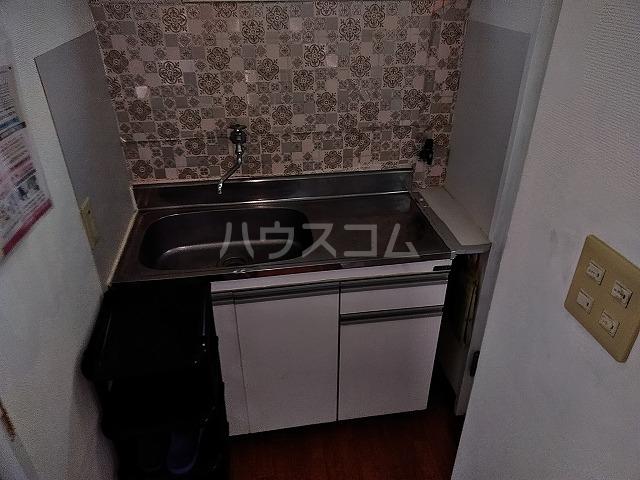 湯島明成ビル 5F号室のキッチン