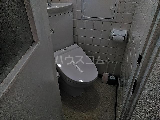 湯島明成ビル 5F号室のトイレ