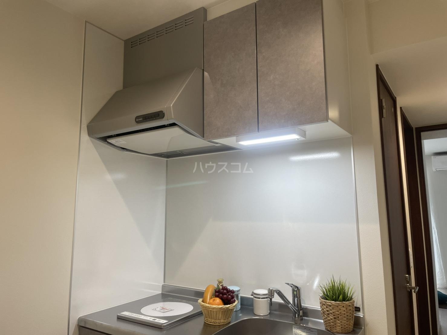 ルシェルブルー 101号室のキッチン