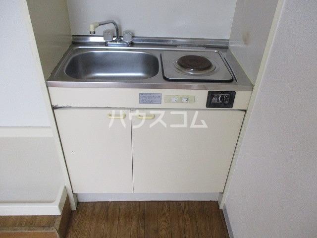 ジョウビアルビル 201号室のキッチン