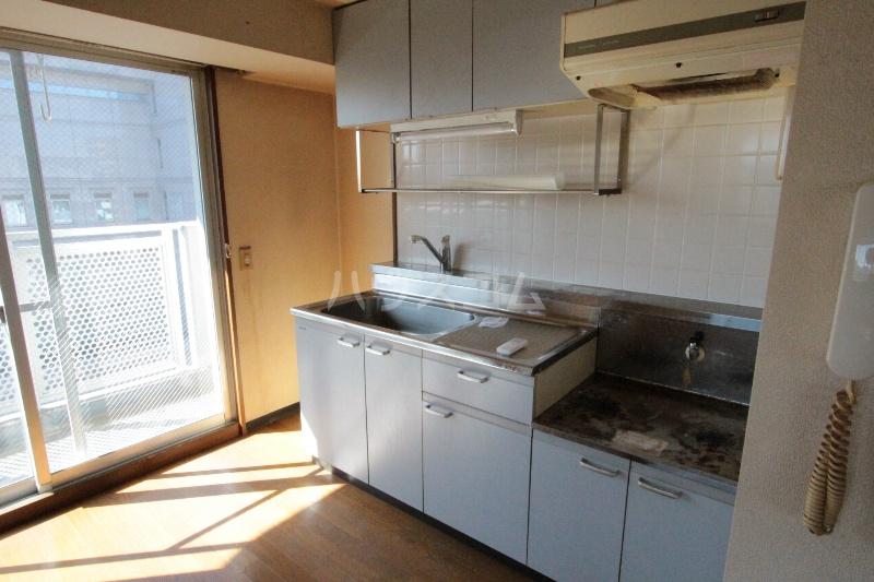アズビオス元城 904号室のキッチン