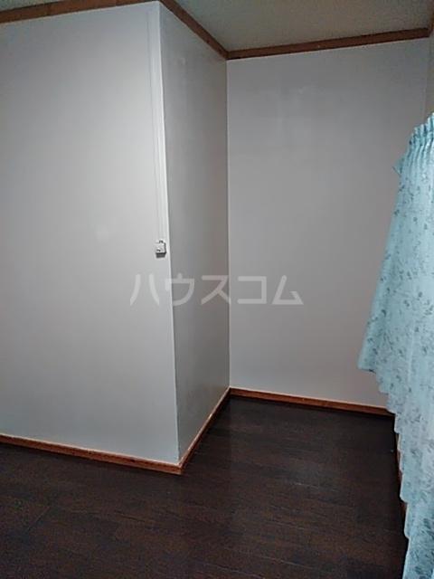 栗橋国分アパートA号棟 101号室のリビング