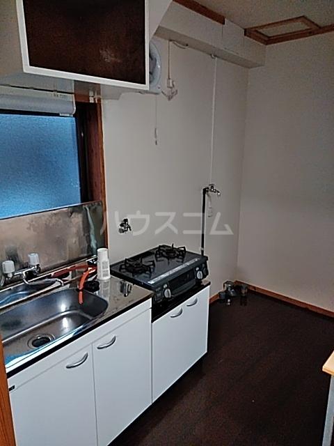栗橋国分アパートA号棟 101号室のキッチン