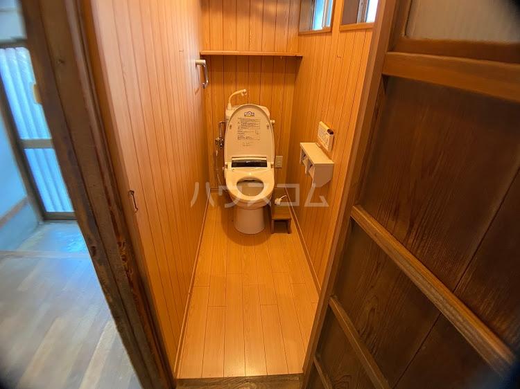 ガレージハウス三浦のトイレ