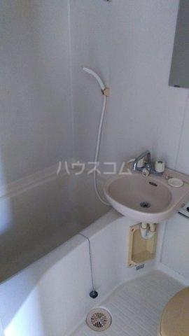 エンゼル東川口 205号室の風呂