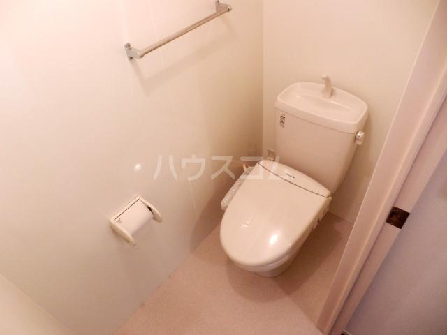 プルメリア 103号室のトイレ