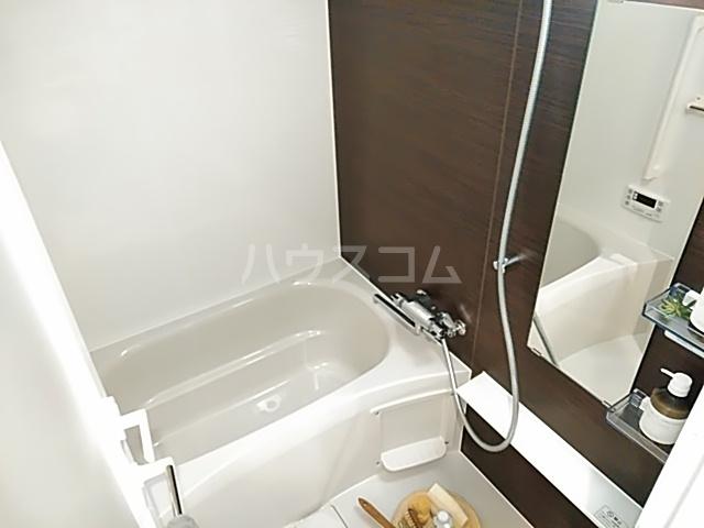 パークアクシス赤塚 1006号室の風呂
