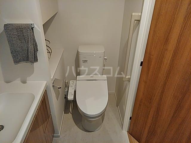パークアクシス赤塚 1006号室のトイレ