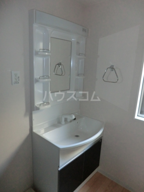 サニーテラス 101号室の洗面所