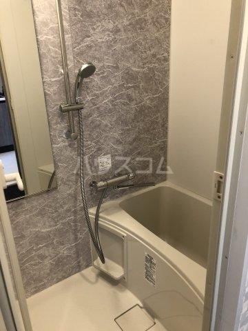 ハーモニーレジデンス池袋ウエストゲート 302号室の風呂