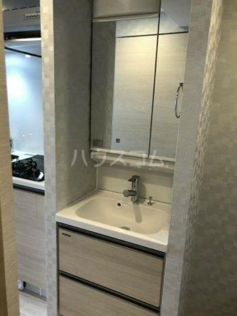 ハーモニーレジデンス池袋ウエストゲート 801号室の洗面所