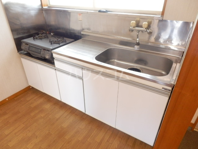 エスティコーポ 101号室のキッチン