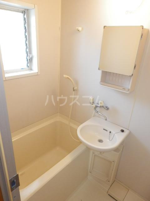 エスティコーポ 101号室の風呂