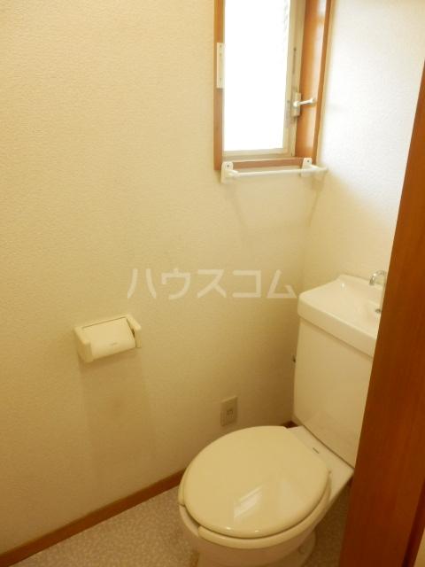 エスティコーポ 101号室のトイレ