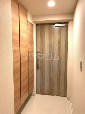 SHINTO CITY A911号室の玄関