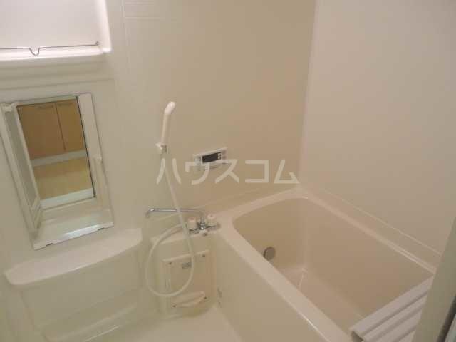 Mount Lip Yamaguchi 102号室の風呂