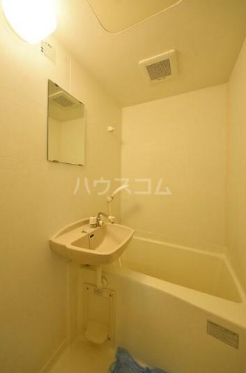 シルバーコート中落合 202号室の風呂