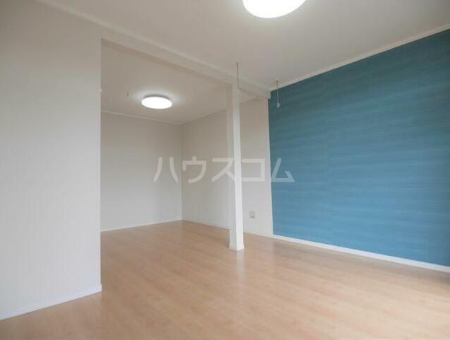 メゾンソレイユ 1-D号室のベッドルーム