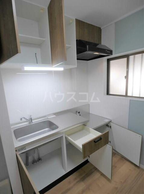 メゾンソレイユ 1-D号室のキッチン
