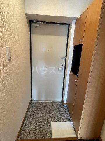 M・ソレイユ21 502号室のエントランス