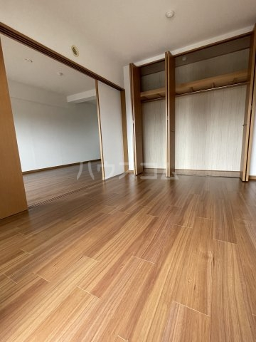 M・ソレイユ21 502号室の収納