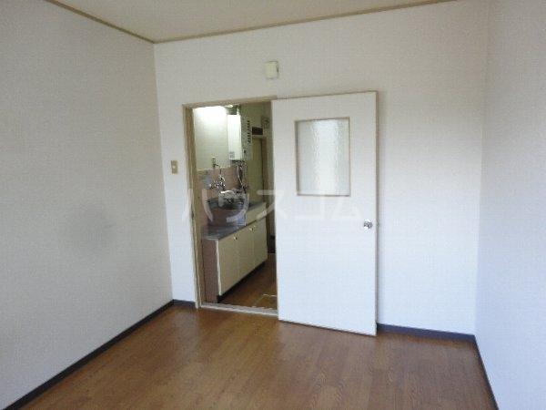 アビリティー桂 203号室の玄関