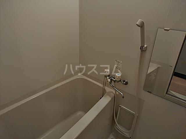 プレシャス東海岸 202号室のトイレ