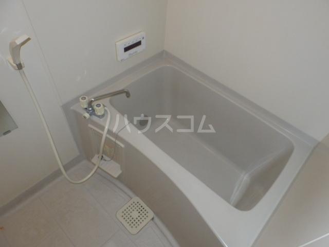 クレール杉山B棟 102号室の風呂