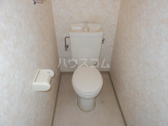 クレール杉山B棟 102号室のトイレ