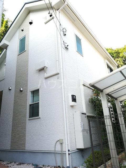 富岡東戸建のエントランス