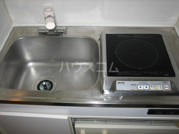 アクシス金城町 402号室のキッチン