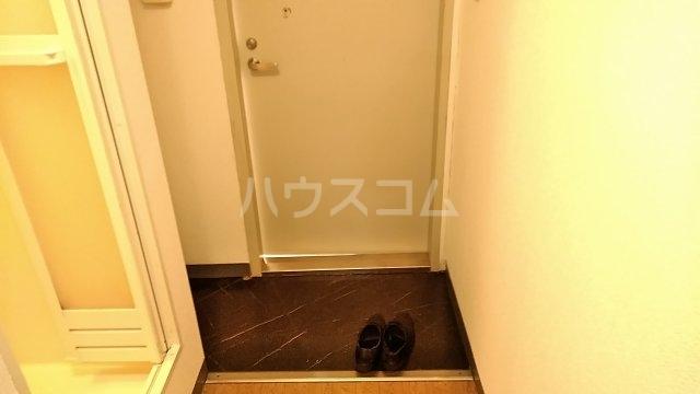 ポンデロッサ鶴見Ⅱ 108号室の玄関