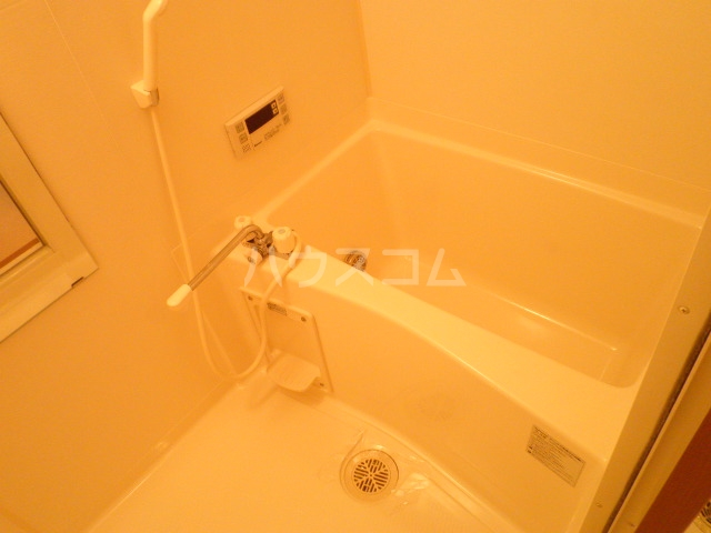 ニューハイツ日野 203号室の風呂
