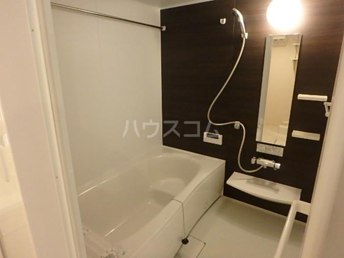 コルテ六条 203号室の風呂