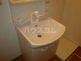 プリオール 101号室の洗面所