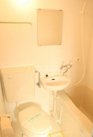 トーマス大山 302号室の風呂