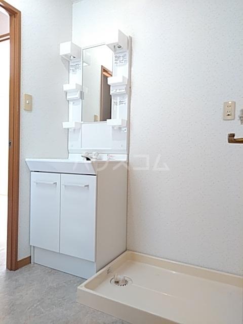 パルナスG 101号室の洗面所