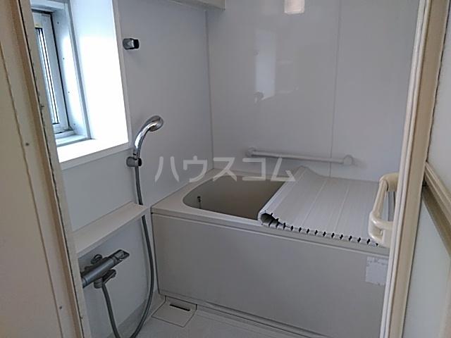 ハイネス赤羽 5号室のトイレ