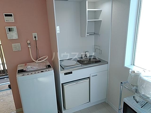 ユナイト大島デービス・ラブ 101号室のキッチン