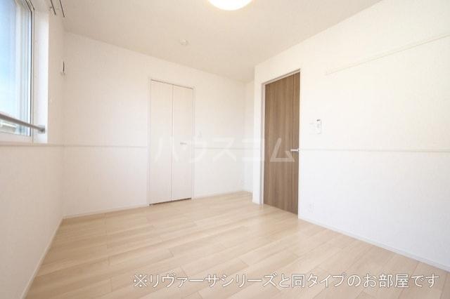 モン スゥリール 02010号室のベッドルーム