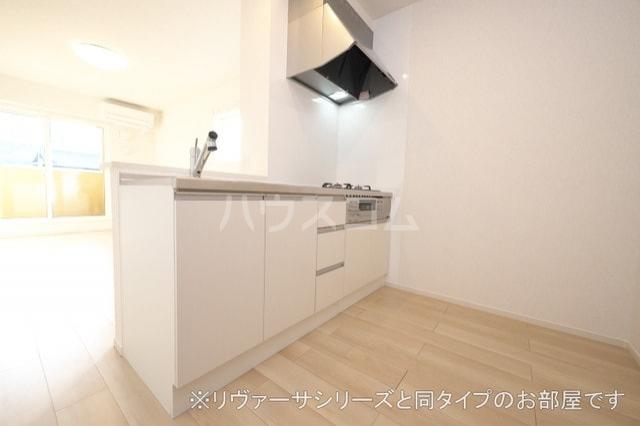 モン スゥリール 02010号室のキッチン
