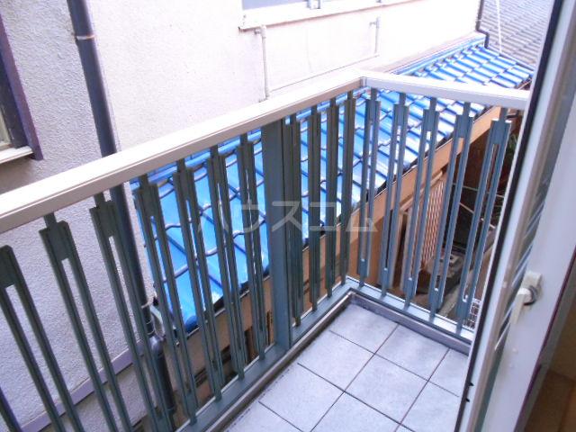 フィオーレ 1-202号室のバルコニー
