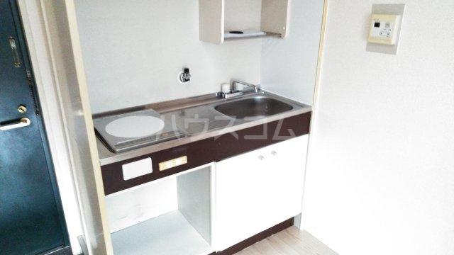 メゾン豊中パート22 303号室のキッチン