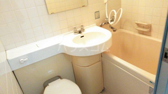 メゾン豊中パート22 303号室の風呂