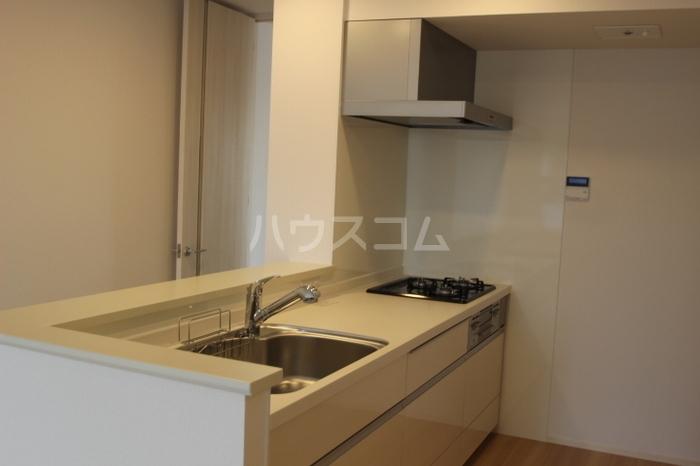 フローラ 301号室のキッチン