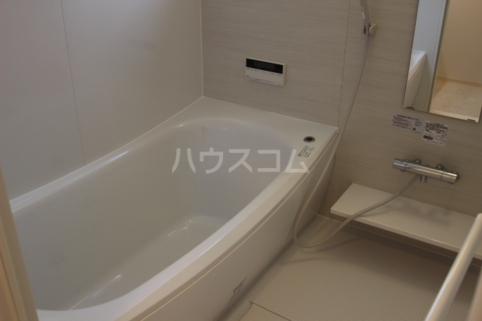 フローラ 301号室の風呂